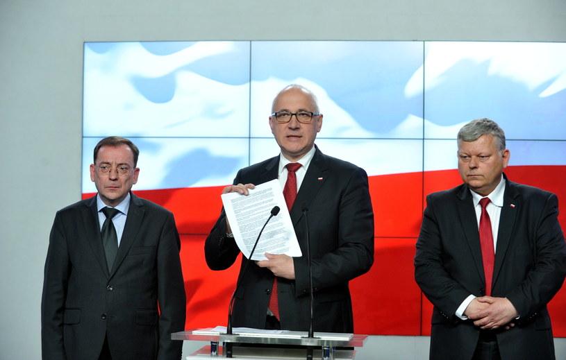 Mariusz Kamiński, Joachim Brudziński, Marek Suski /Marcin Obara /PAP