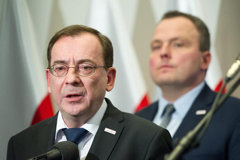 Mariusz Kamiński (na pierwszym planie) i Piotr Pogonowski /Fot. Wojciech Strozyk /Reporter