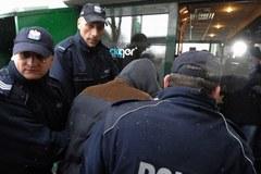 Mariusz N. doprowadzany do prokuratury w Otwocku