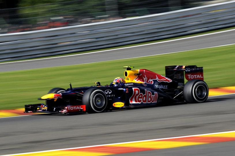 Mark Webber straci pięć pozycji /AFP