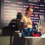 Mark Williams został mistrzem świata w snookerze i na konferencji prasowej wystąpił... nago