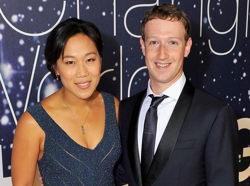 Mark Zuckerberg i jego żona Priscilla /AFP