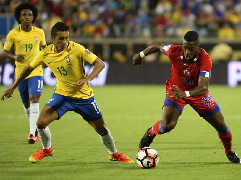 Marquinhos (z lewej) podczas spotkania Copa America Centenario przeciwko Haiti /AFP