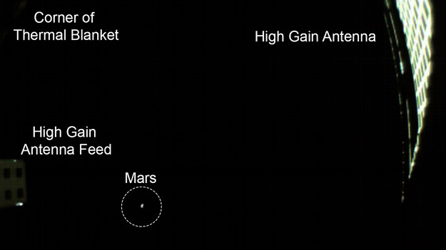 Mars w obiektywie sondy MarCO-B /NASA/JPL-Caltech /Materiały prasowe