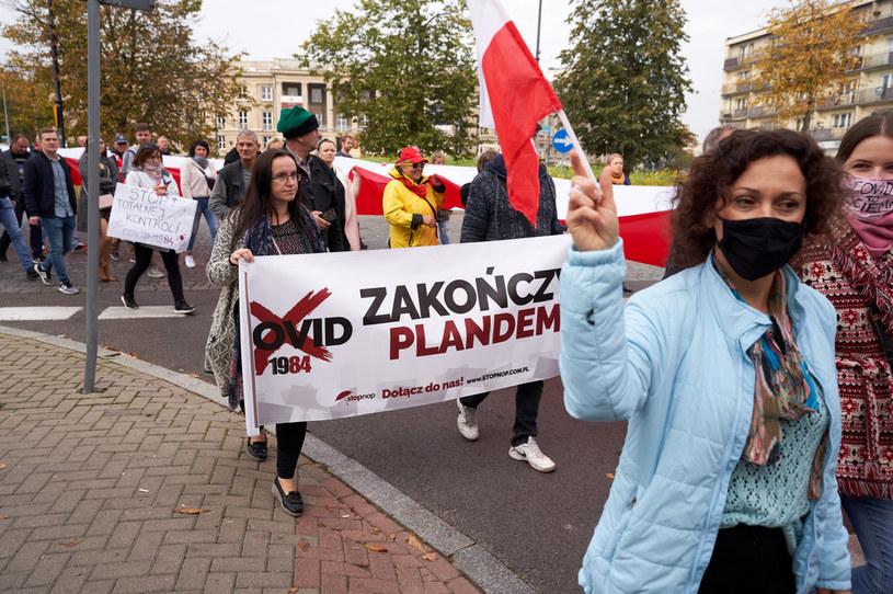 Marsz antycovidowców w Białymstoku /Anatol Chomicz /Agencja FORUM