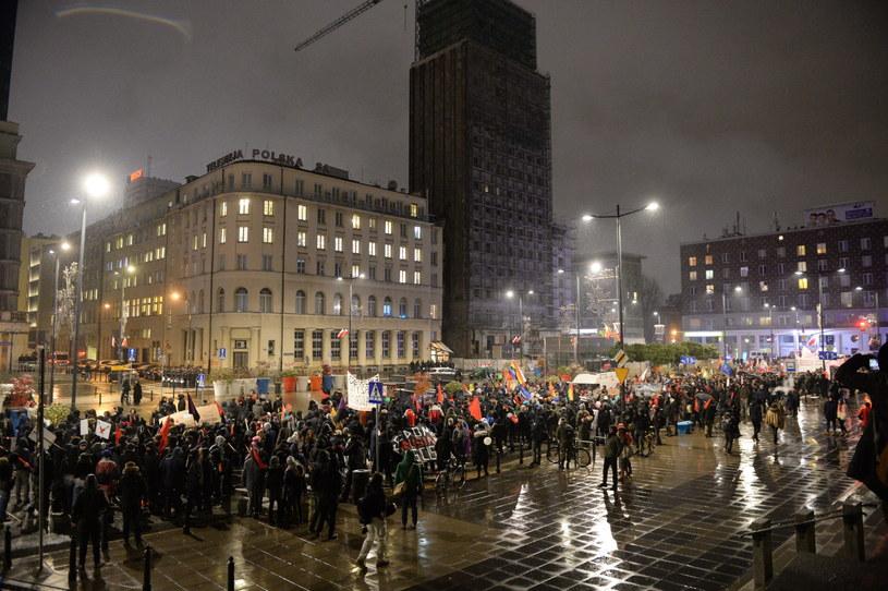 Marsz antyfaszystowski /Jacek Turczyk /PAP