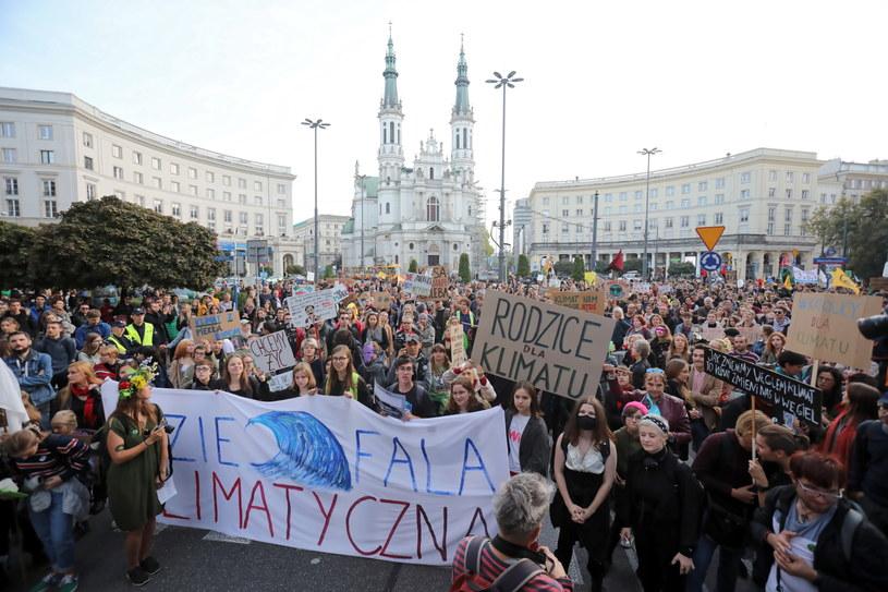 Marsz klimatyczny w Warszawie /Wojciech Olkuśnik /PAP