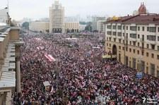 Marsz Kobiet w Mińsku. Zatrzymano reportera relacjonującego akcję