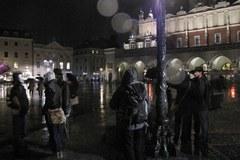 Marsz Masek na krakowskim rynku