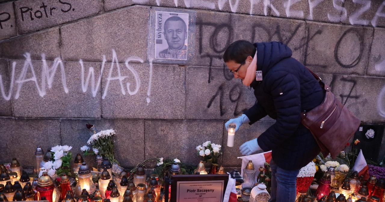 Marsz milczenia ku pamięci Piotra Szczęsnego