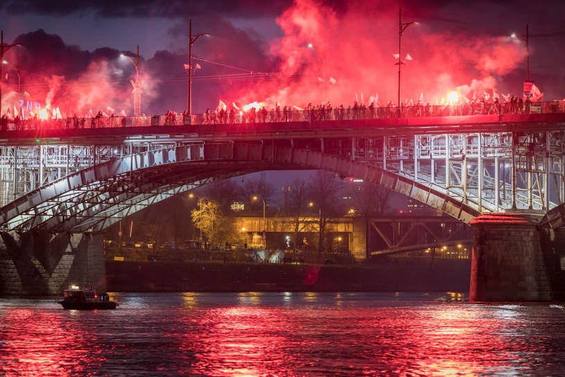 Marsz Niepodległości /Arkadiusz Ziółek /East News