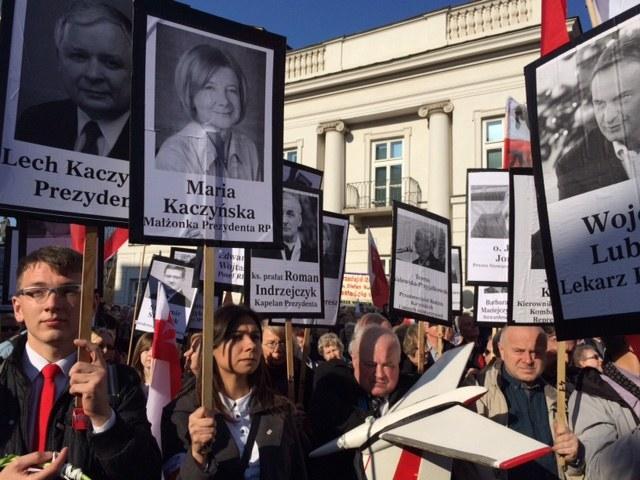 Marsz Pamięci przed Pałacem Prezydenckim /Mariusz Piekarski, RMF FM /RMF FM