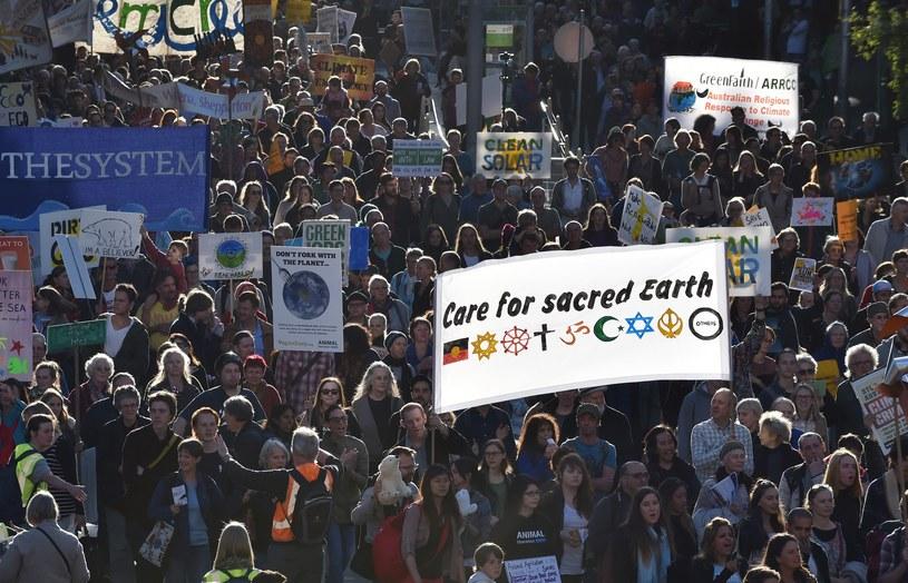 "Marsz pod hasłem ""Zróbcie coś, nie mamy innej planety!"" /PAUL CROCK /AFP"
