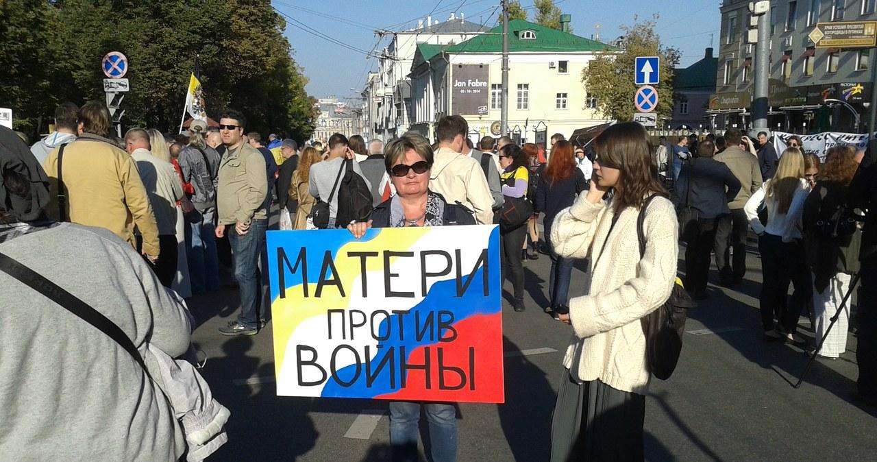 Marsz pokoju przeciw wojnie na Ukrainie