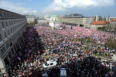 Marsz w obronie telewizji Trwam w Warszawie