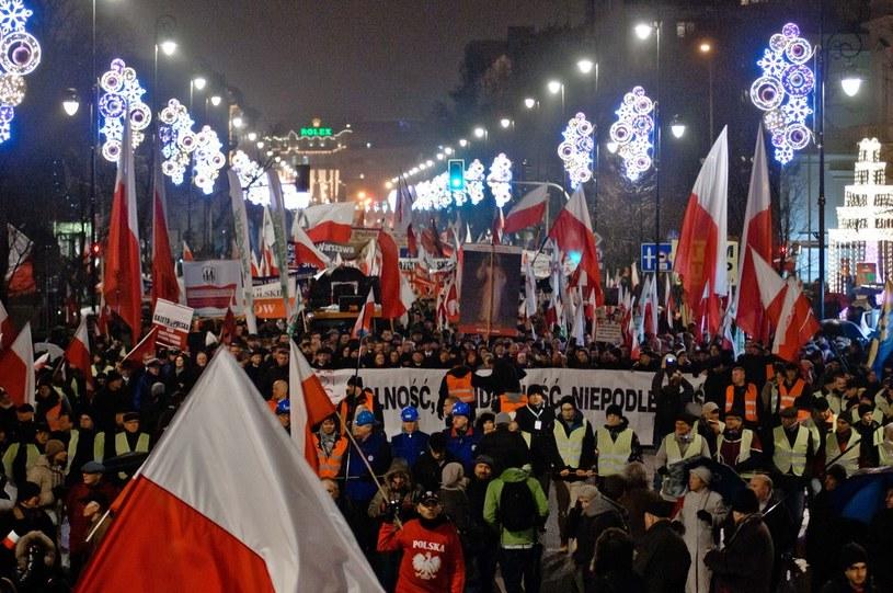 """""""Marsz Wolności, Solidarności i Niepodległości"""" zorganizowany 13.12.2013 przez PiS /Tomasz Urbanek /East News"""