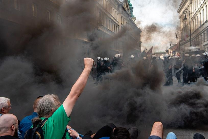 Marsz zablokowany przez antyfaszystów /Stanisław Kusiak /East News