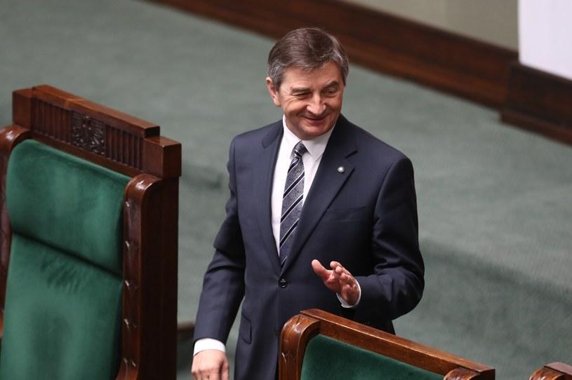 """Marszałek Marek Kuchciński bohaterem albumu za 750 zł - informuje """"Rzeczpospolita"""" /Andrzej Iwańczuk /Reporter"""