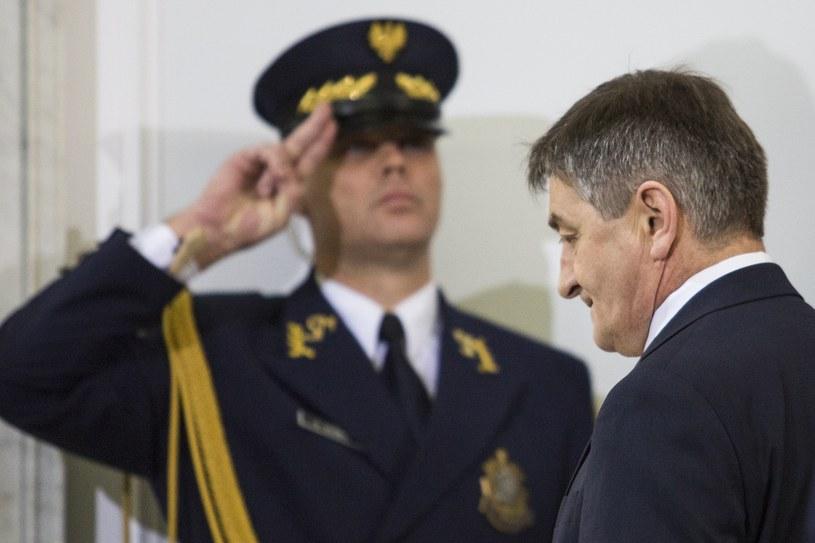 Marszałek Sejmu Marek Kuchciński i Straż Marszałkowska /Andrzej Hulimka  /Reporter