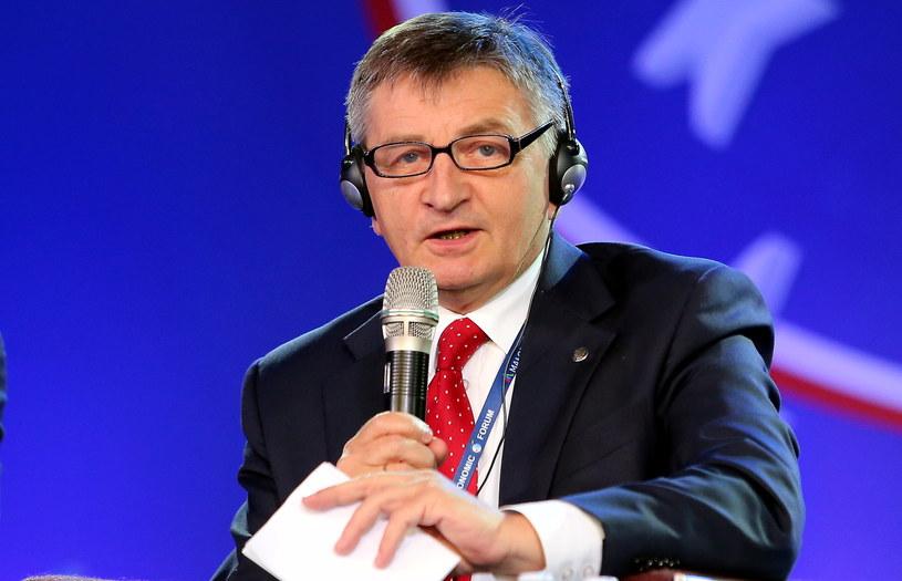 """Marszałek Sejmu Marek Kuchciński podczas sesji plenarnej """"Jakiej solidarności potrzebuje Europa?"""" /Grzegorz Momot /PAP"""