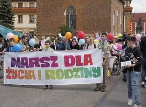 Marsze dla Życia i Rodziny w 140 miastach Polski