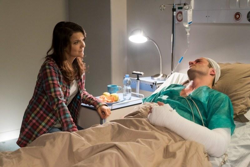 Marta będzie czuwać przy szpitalnym łóżku /Agencja W. Impact