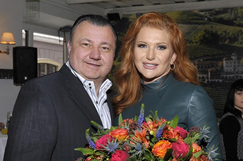 Marta Grycan z mężem Adamem /Gałązka /AKPA