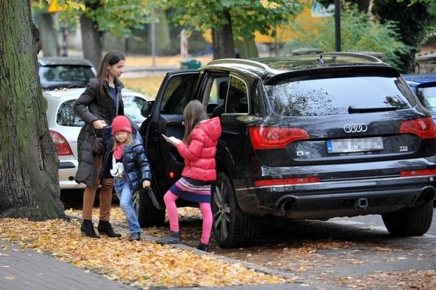 Marta Kaczyńska z córkami /East News