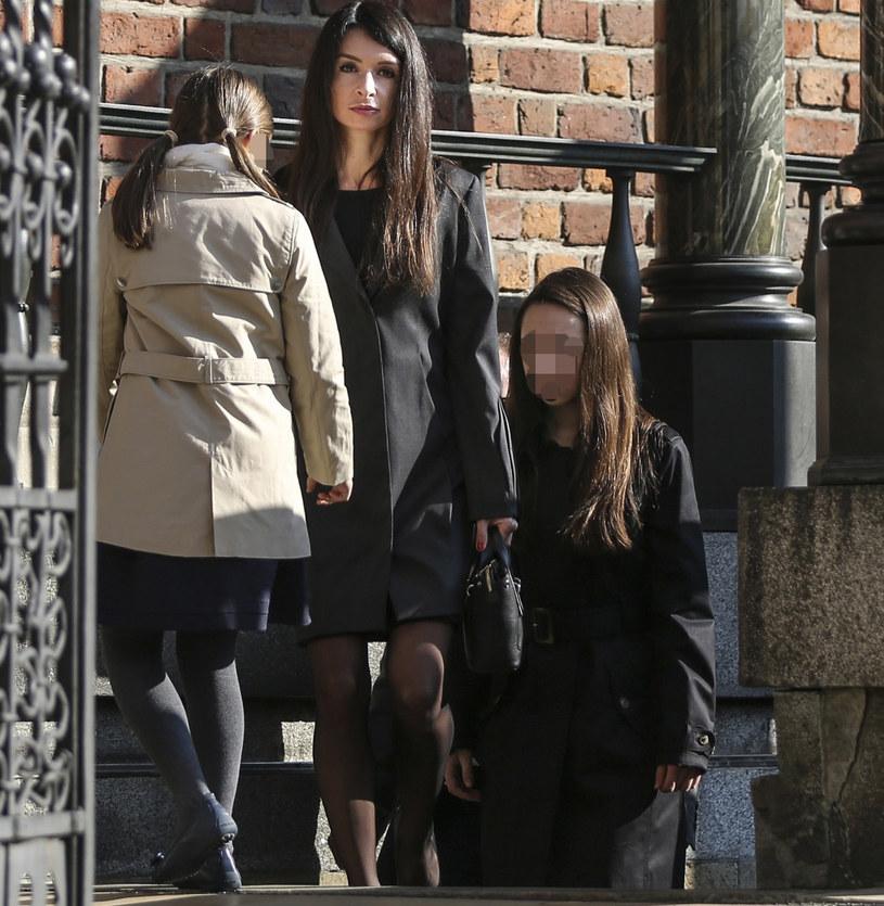 Marta Kaczyńska z córkami /Beata Zawrzel /Reporter