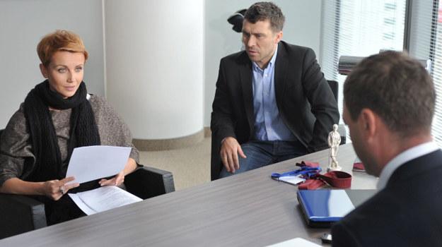 Marta (Katarzyna Zielińska), Robert (Marcin Czarnik) i Artur (Jacek Rozenek) /fot  /Agencja W. Impact