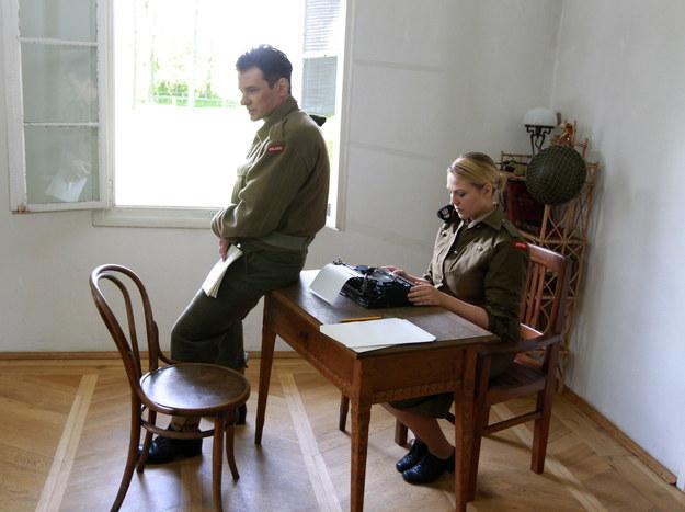 Marta Kontny i Marcin Kwaśny, odtwórca głównej roli na planie zdjęciowym w Dworze w Łopusznej /Grzegorz Momot /PAP