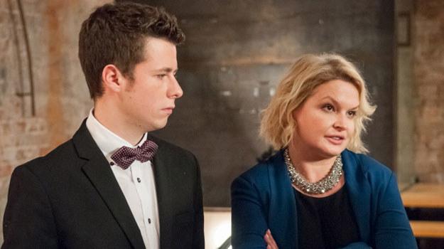 Marta nie może pogodzić się z tym, że Łukasz nie jest już jej małym synkiem... /Agencja W. Impact