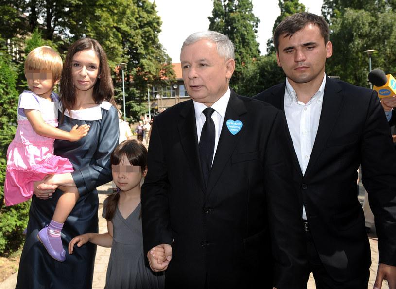 Marta z córkami, stryjem i Marcinem /- /Agencja FORUM