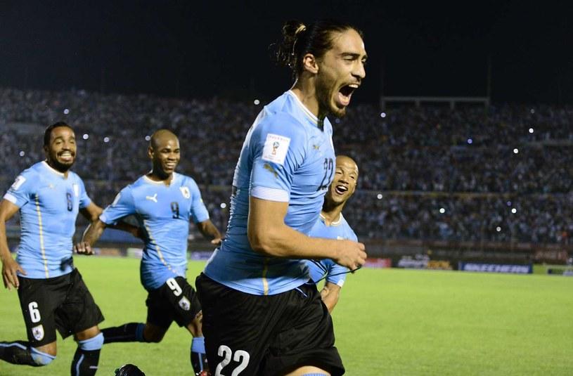 Martin Caceres świętuje strzelenie bramki podczas Copa America /AFP