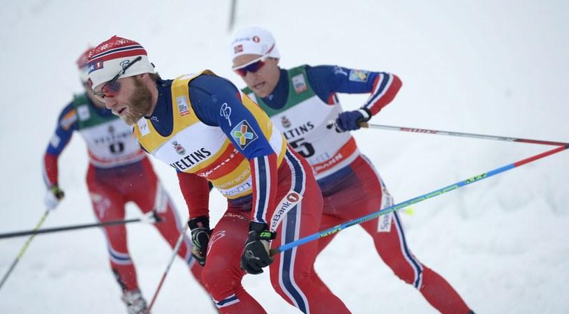 Martin Johnsrud Sundby (w środku) /AFP