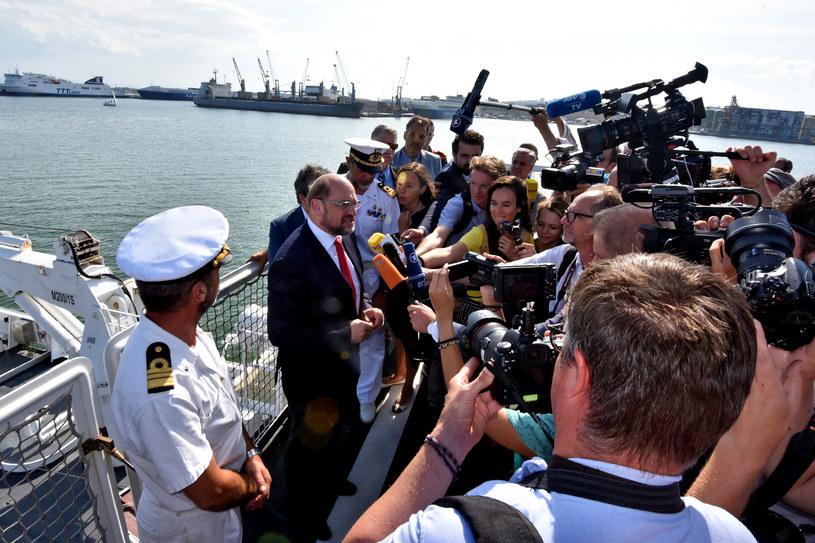 """Martin Schulz: """"Ustawki"""" zamiast wieców /AFP"""