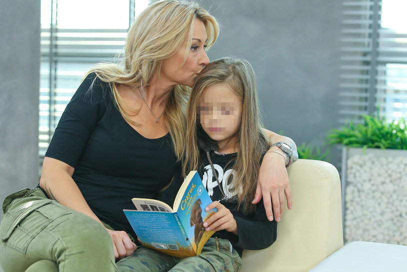 Martyna Wojciechowska z córką /Kamil Piklikiewicz /East News