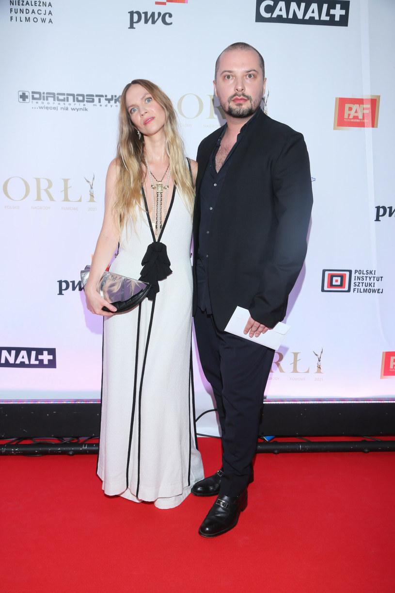Mary Komasa z mężem podczas gali Orłów 2021 /Paweł Wodzyński /East News