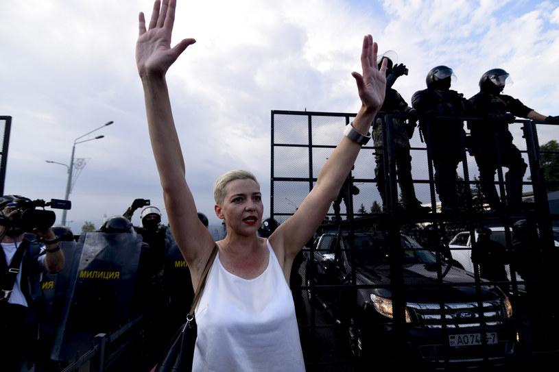 Maryja Kalesnikawa podczas sierpniowego protestu na Białorusi /Marina Serebryakova/Anadolu Agency  /Getty Images