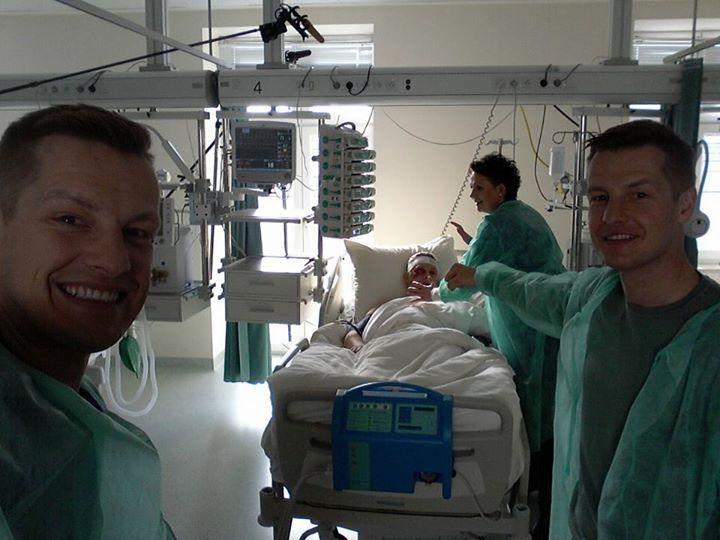 Marysia i jej synowie będą czuwać przy łóżku Artura /Facebook /internet