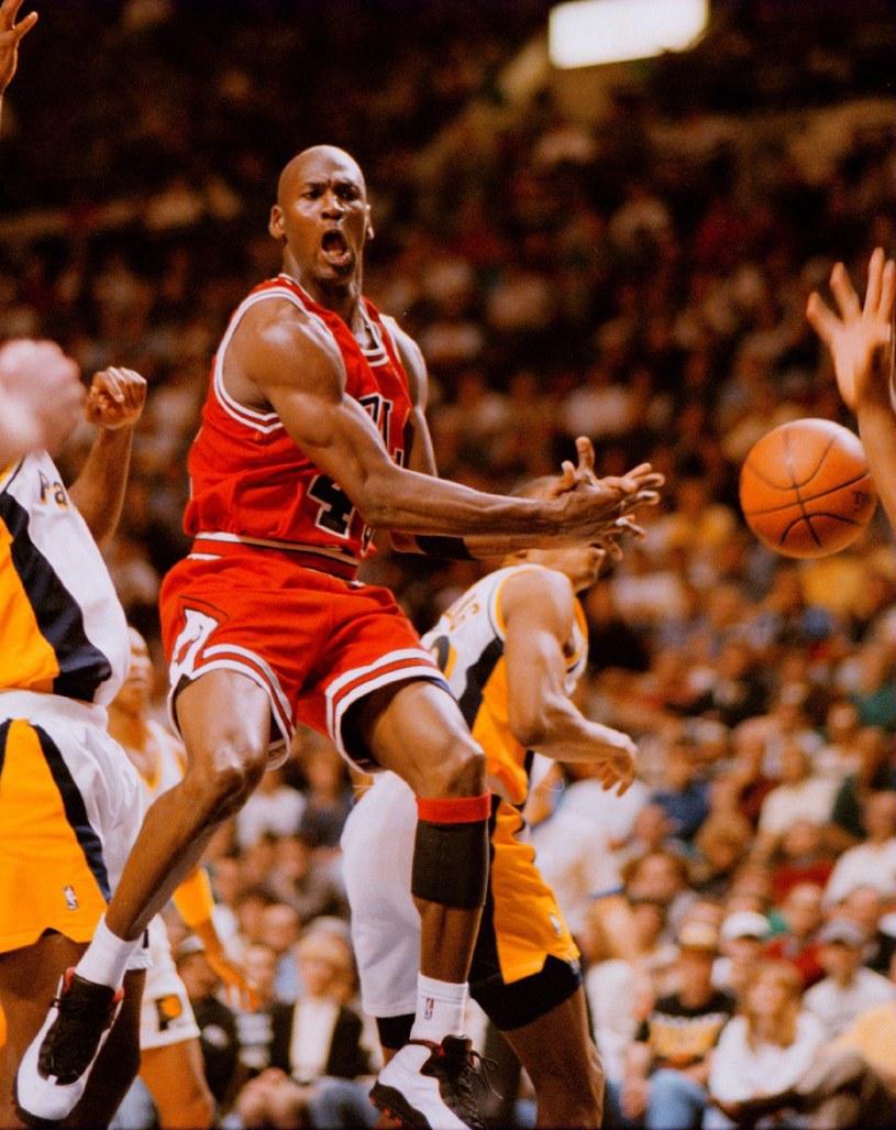 Marzec 1995 roku. Michael Jordan wraca z przedwczesnej emerytury do NBA /Getty Images