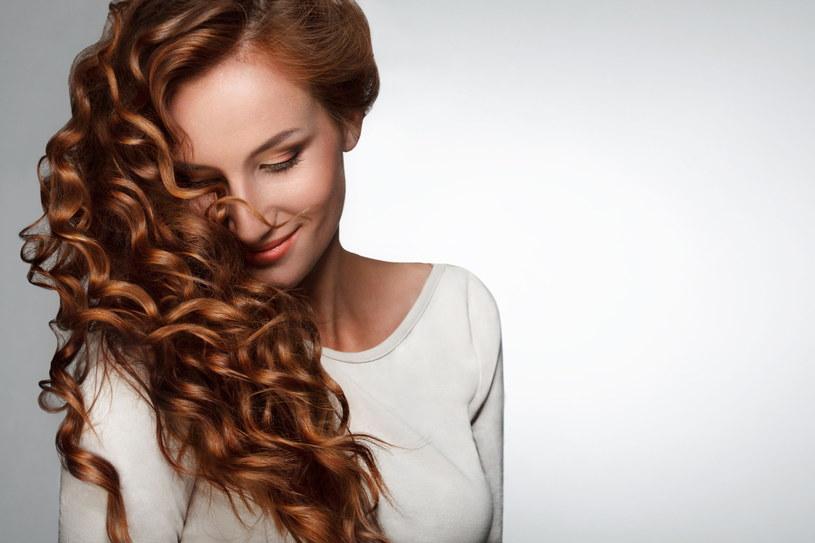 Marzysz o pięknych włosach? Zadbaj również o skórę głowy /123RF/PICSEL