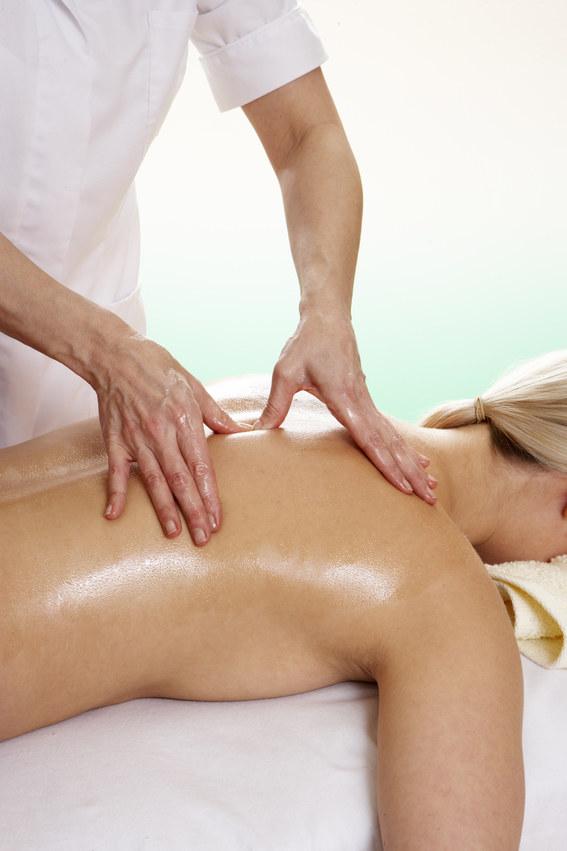 masaż ciała na masaż /© Photogenica