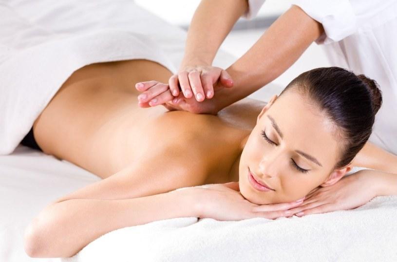 masaż ciała /© Photogenica
