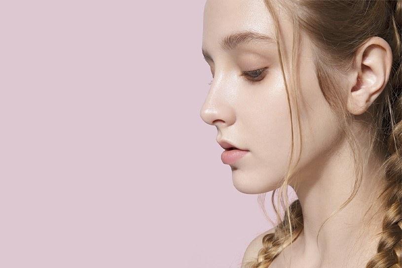 Masaż nie cofnie wszystkich zmian, ale znacznie pomoże zachować dobra kondycję skóry /materiały promocyjne
