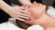 Masaż skóry głowy, który pobudzi cebulki włosów do wzrostu