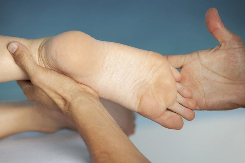 masaż stóp /© Photogenica