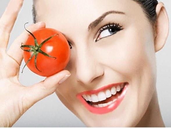 maseczka z pomidorów /© Photogenica