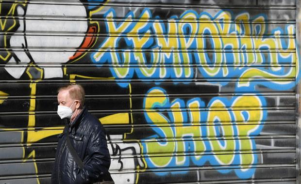 Maseczki pomogły ograniczyć we Włoszech pierwszą falę pandemii
