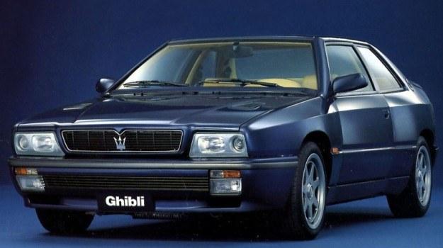 Maserati Ghibli II napędzane było silnikami biturbo 2.0 V6 i 2.8 V6 o mocy od 288 do 335 KM. /Maserati